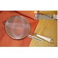 Teaszűrő műanyagbetétes nyéllel KP – 17/10P – BLX