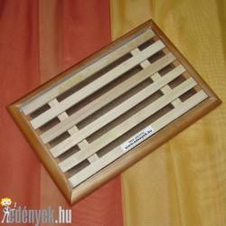 Kenyérszeletelő deszka morzsafogó tálcával 3523 KC