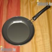 Tapadásmentes nyeles serpenyő 24 cm 225886 TRA