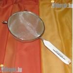 Levesszűrő műanyagbetétes nyéllel 2516P BLX