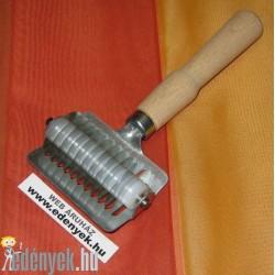 Széles metélt - kockametélt-készítő, tésztavágó